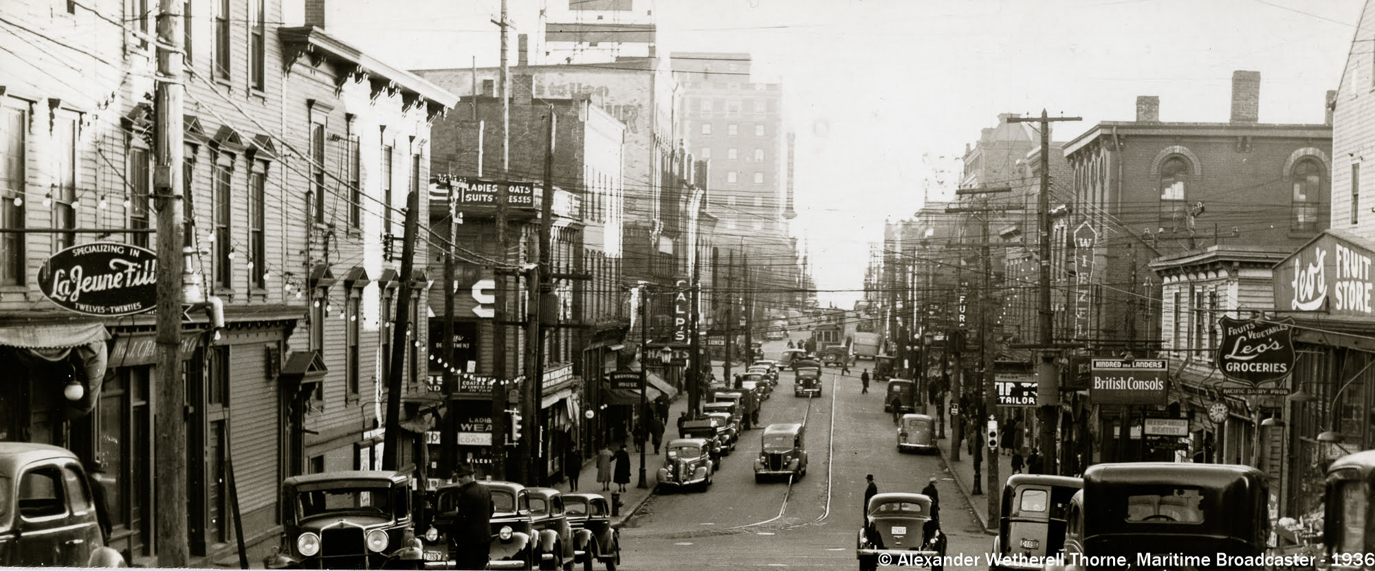 Looking along Charlotte Street from Sydney, 1936.